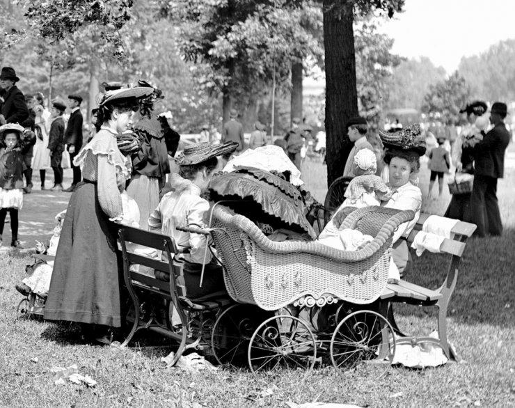 S dětmi v parku. - klikněte pro zobrazení detailu